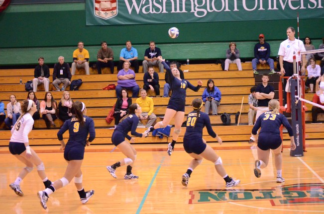 The Webster volleyball team in action against Emory University. JORDAN PALMER/THE JOURNAL