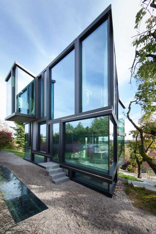 Don't Throw Stones: Modern Glass House is Super Sharp ... on Modern Glass Houses  id=95461