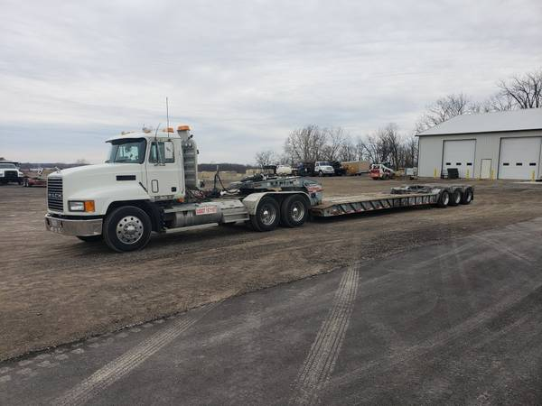 1999 Mack CH613 and 1996 Interstate 50 ton Lowboy (Bellefontaine) $46000