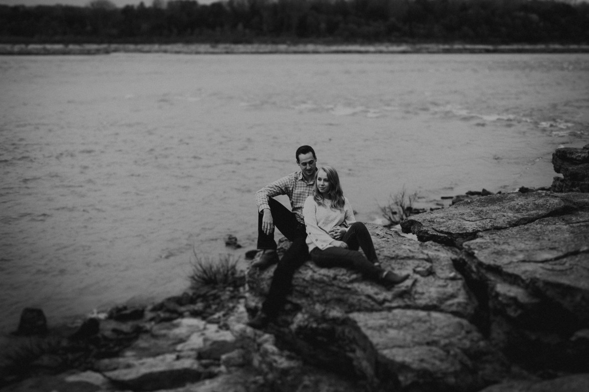 Falls of the Ohio Engagement Photos