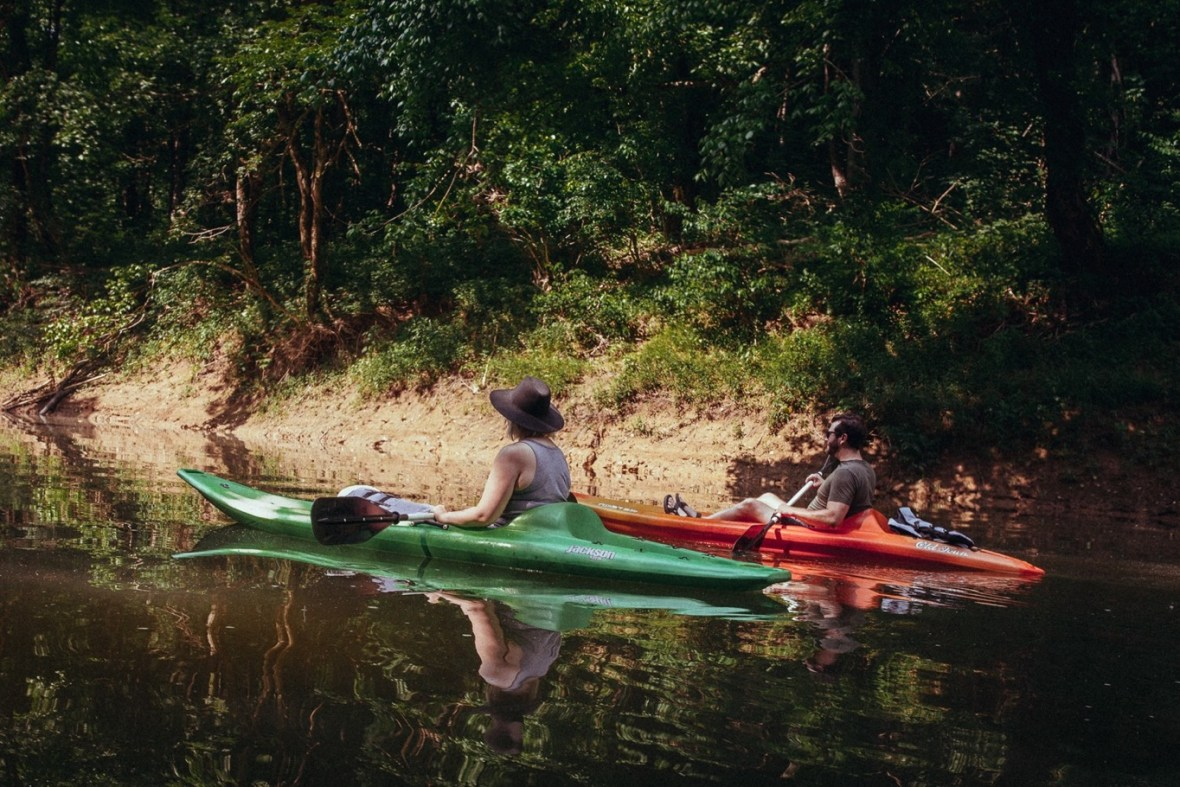 07_WCTM1285ab_Photos_Engagement_Canoes_Southern_Indiana_River_Blue_Country_Cave_Kayaking