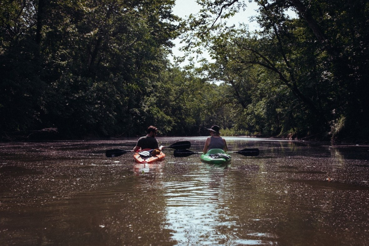 15_WCTM1337ab_Photos_Engagement_Canoes_Southern_Indiana_River_Blue_Country_Cave_Kayaking