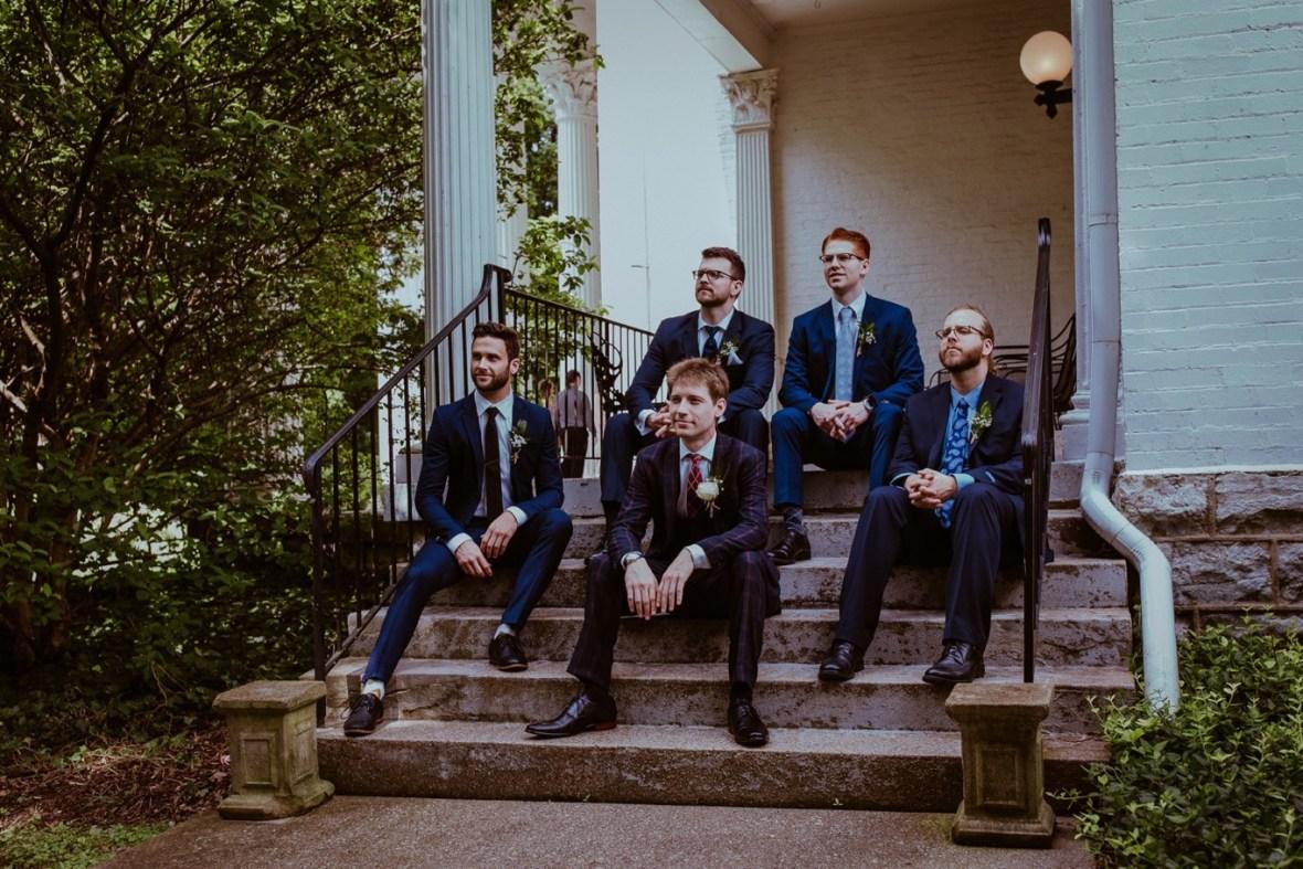 15_WCTM1835ab_Louisville_Summer_Kentucky_Wedding_Gardens_And_Whitehall_Mansion