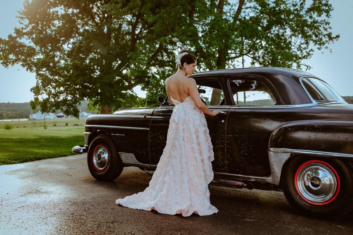 22_WCTM3850ab_Lavender_Farm_Phillips_Clothier_Wedding_Kimberly