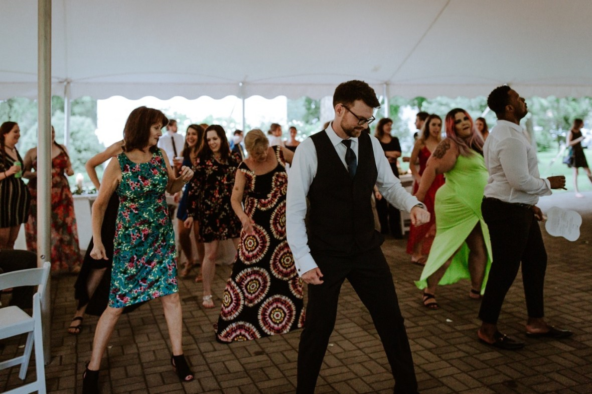 77_WCTM3288ab_Louisville_Summer_Kentucky_Wedding_Gardens_And_Whitehall_Mansion
