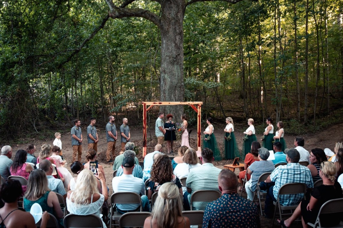 27_WCTM0978ab_County_Summer_outdoor_Woodsy_Kentucky_July_Meade_Wedding