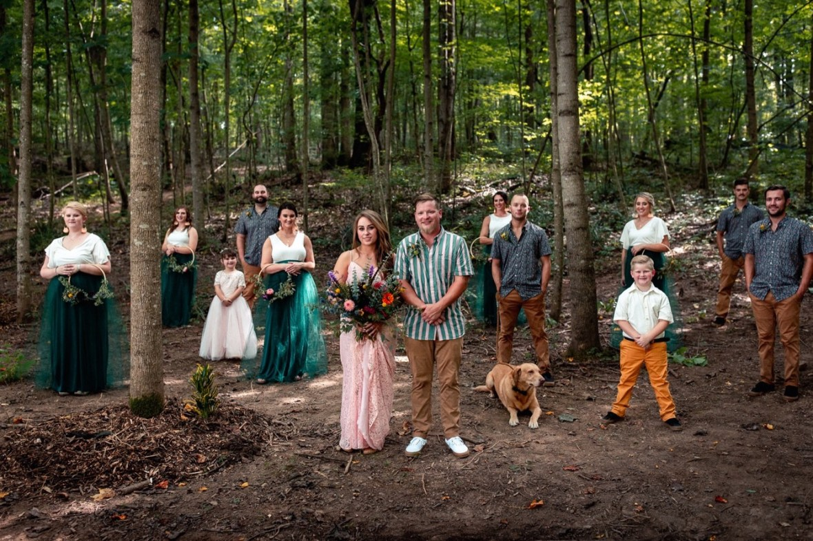 44_WCTM0706ab_County_Summer_outdoor_Woodsy_Kentucky_July_Meade_Wedding