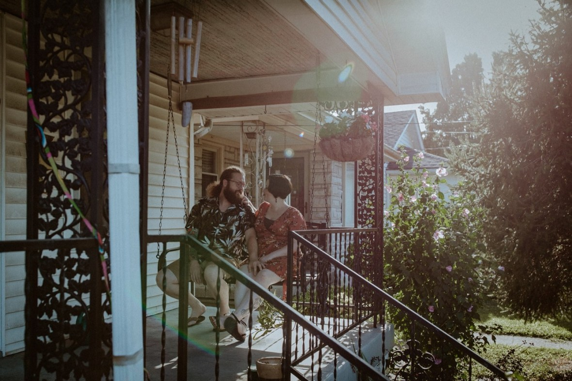 17_WCTM9369ab_In_Louisville_Session_Kentucky_Home_With_Couples_Cats