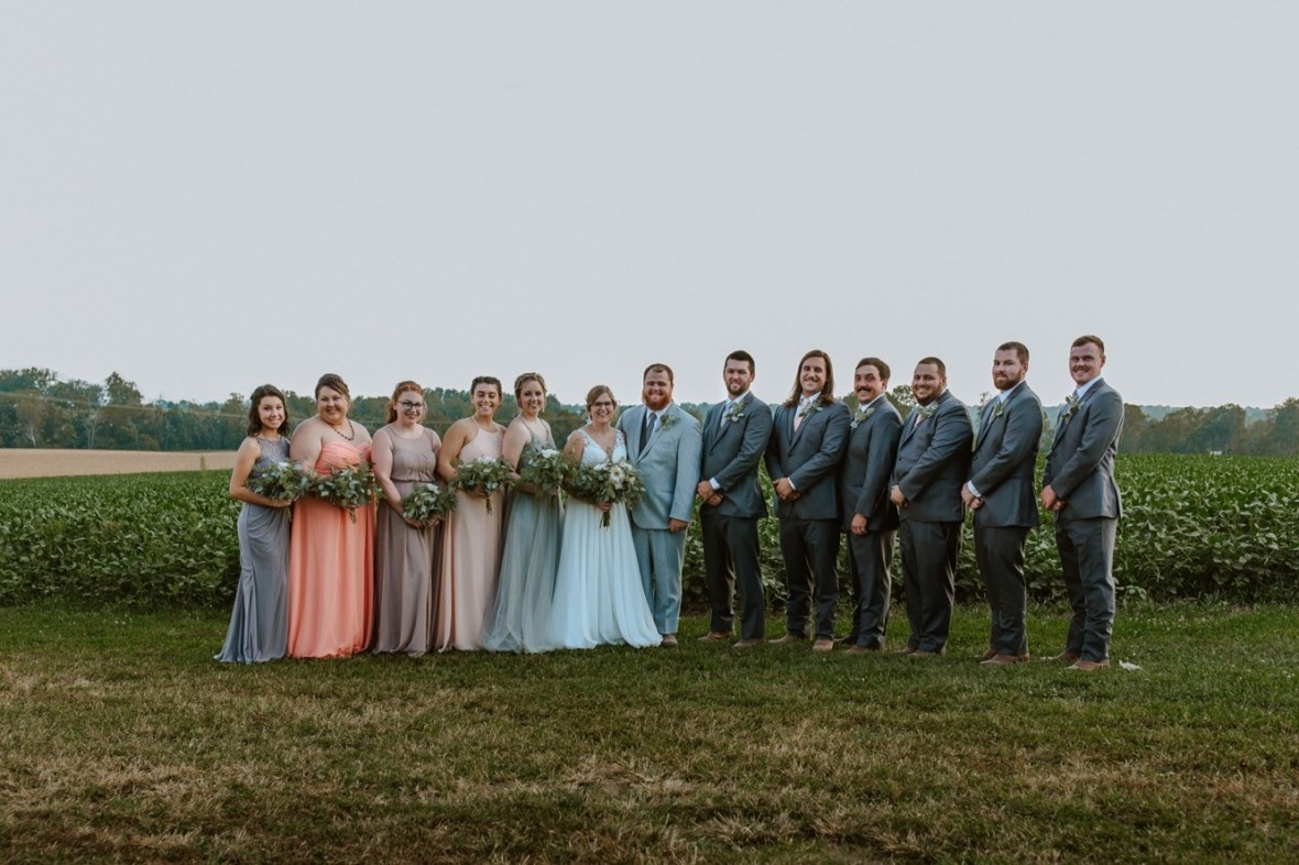 38_WPP071ab_Barn_Indoor_Shelbyville_Kentucky_Summer_Wedding