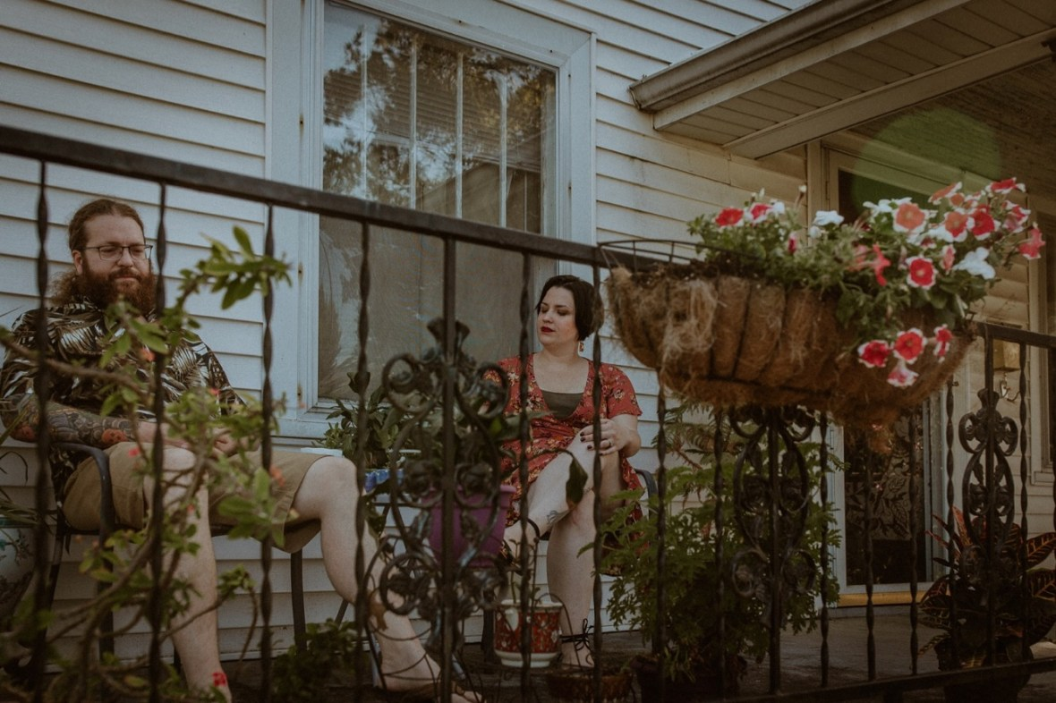 47_WCTM9375ab_In_Louisville_Session_Kentucky_Home_With_Couples_Cats