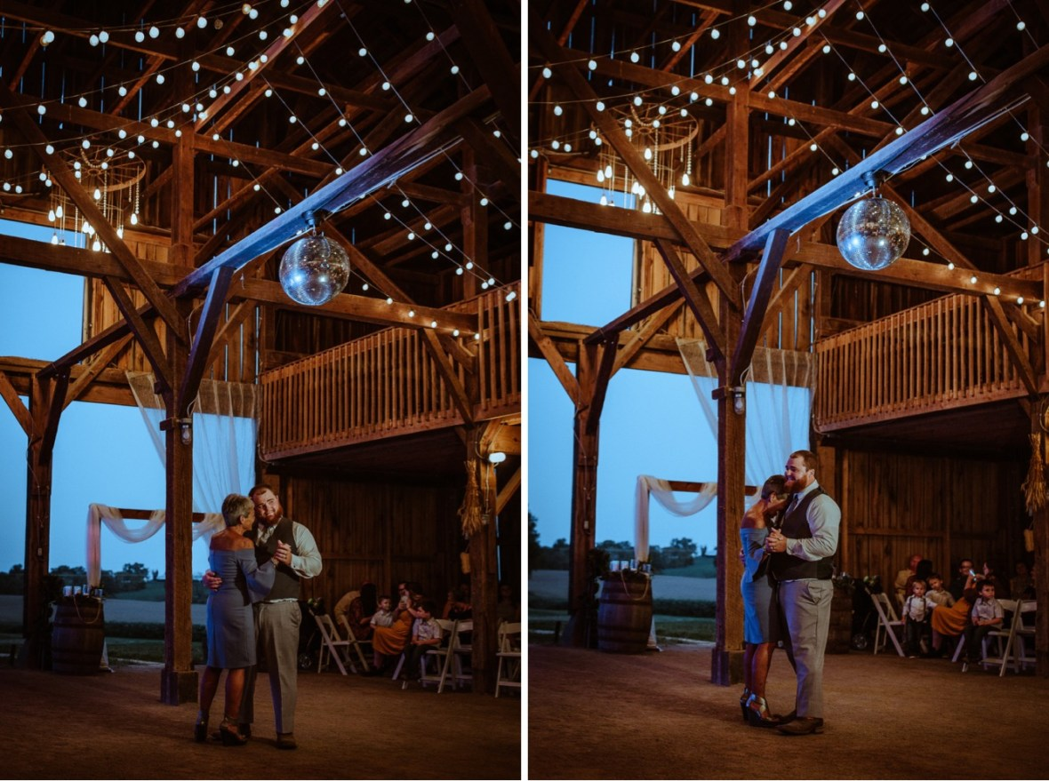 73_r120ab_r121ab_Barn_Indoor_Shelbyville_Kentucky_Summer_Wedding