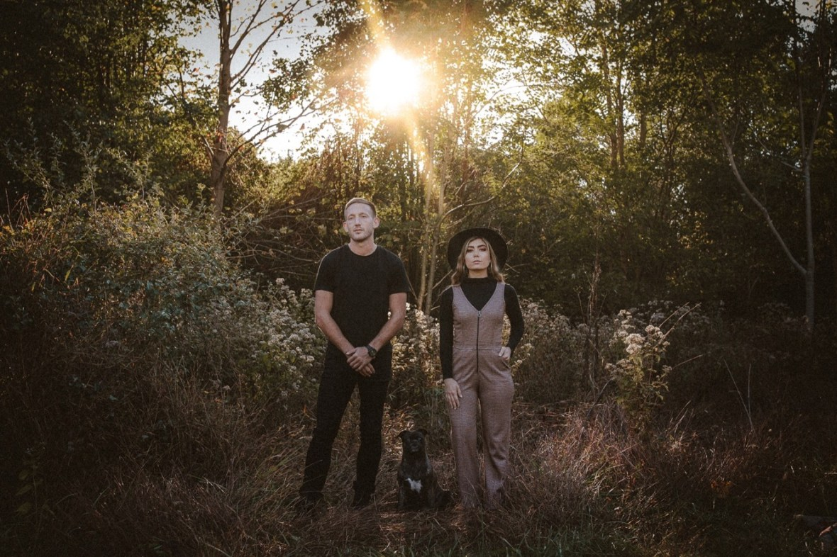 07_WCTM5730ab_Indoor_Louisville_Session_Fall_Kentucky_Pumpkins_Smoke_With_Bombs_Pug_Couples