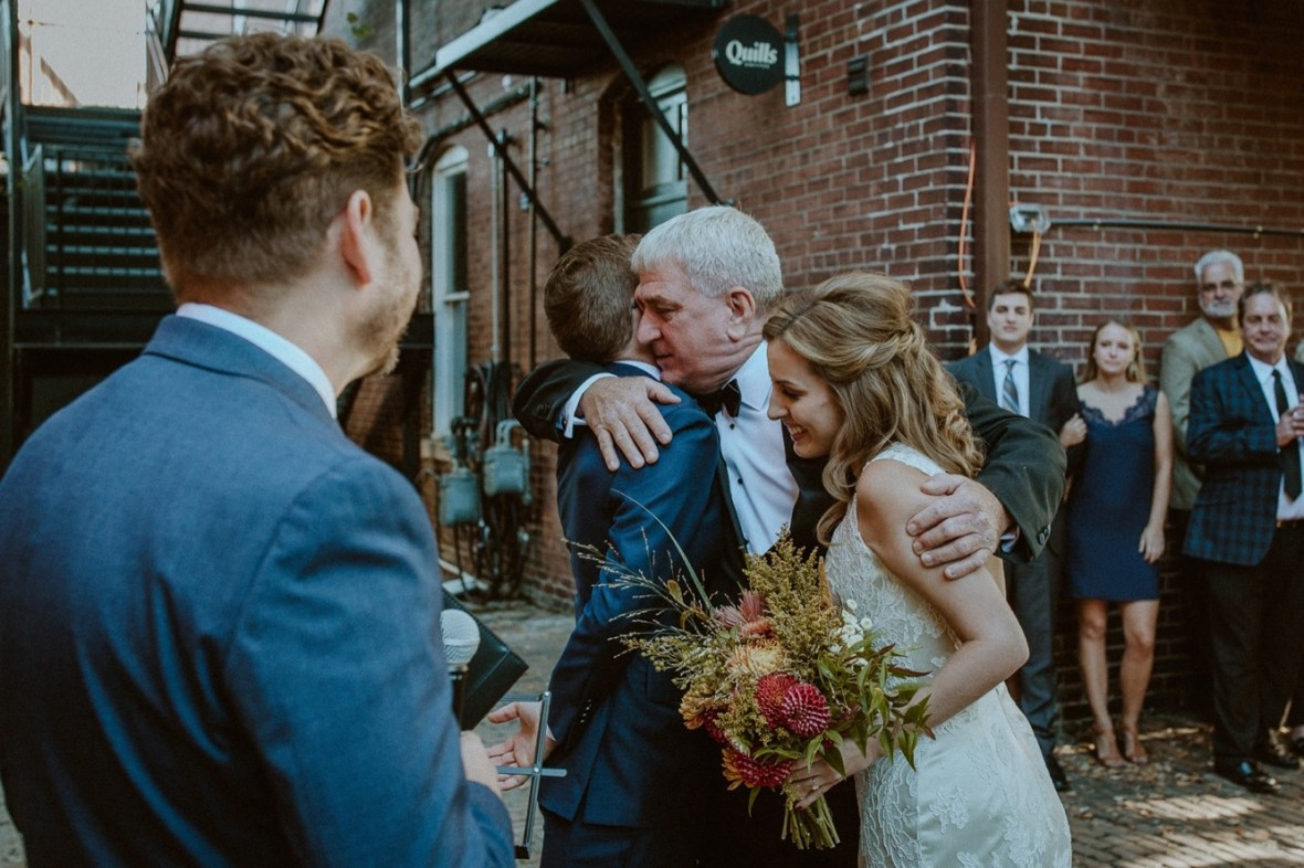 13_WCTM8754ab_october_Lousiville_Urban_Brunch_Kentucky_Wedding