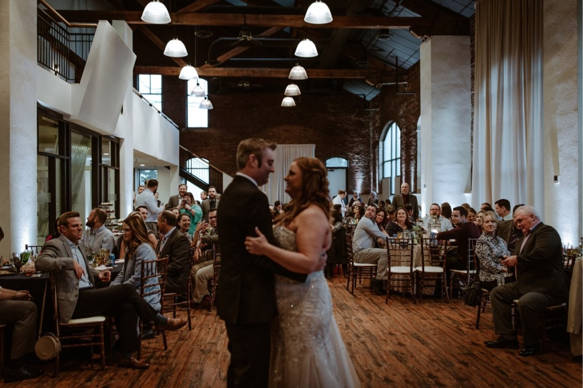 50_WCTM0093ab_Indiana_Fall_The_Jeffersonville_Wedding_Refinery_Late