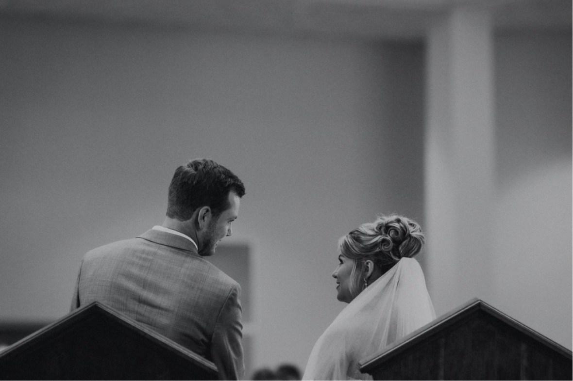 29_WTCM8826abwb_oldham_Rustic_Summer_County_Kentucky_Wedding_Grange_La_Crestwood