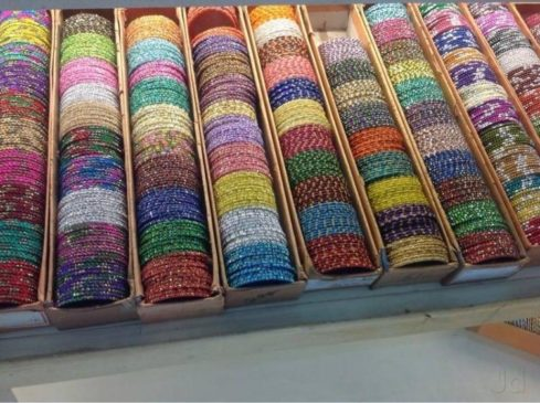 wedding shopping in Delhi