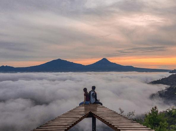 15 Tempat Wisata Instagramable di Magelang, Tok Ngudal Lanang hingga Top Selfie Pinusan Kragilan - Tribun Travel