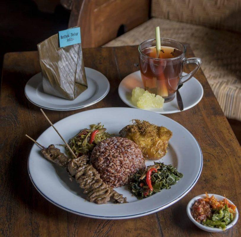 Tempat Wisata Kuliner Di Jogja Dengan Pemandangan Sekitar