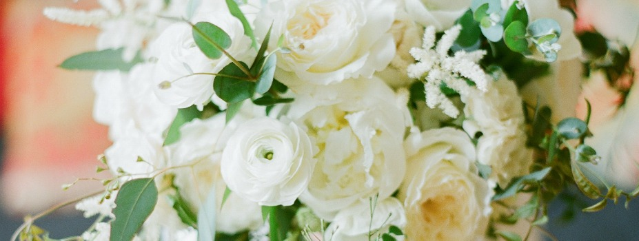 7 In-season Flowers For The November Bride