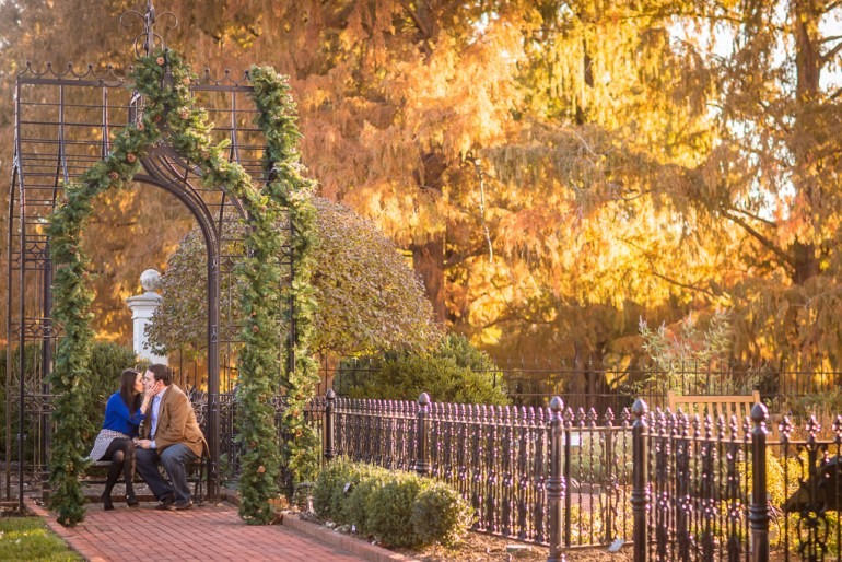 -Saint-Louis-Wedding-Engagement-Photographer-Missouri Botanical Garden-0013