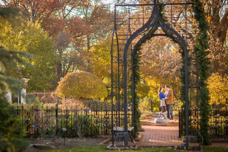 -Saint-Louis-Wedding-Engagement-Photographer-Missouri Botanical Garden-0016