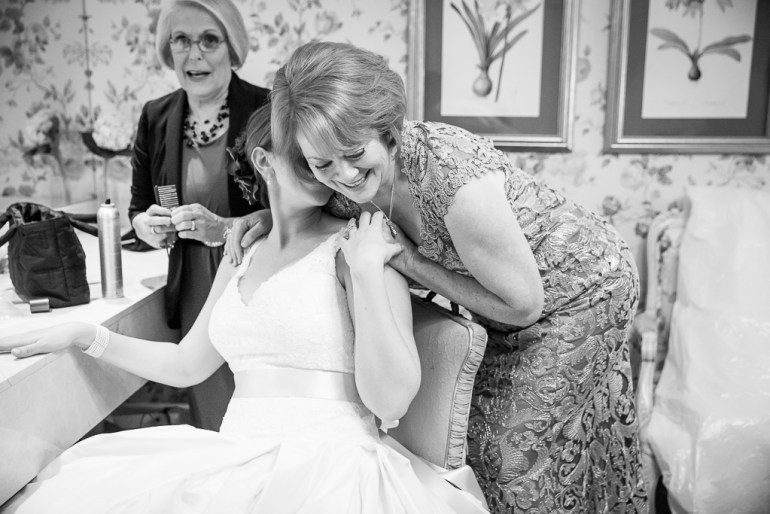 -Wedding-Photographer-Our-Lady-of-Lourdes-Norwood-Hills-Country-Club--30