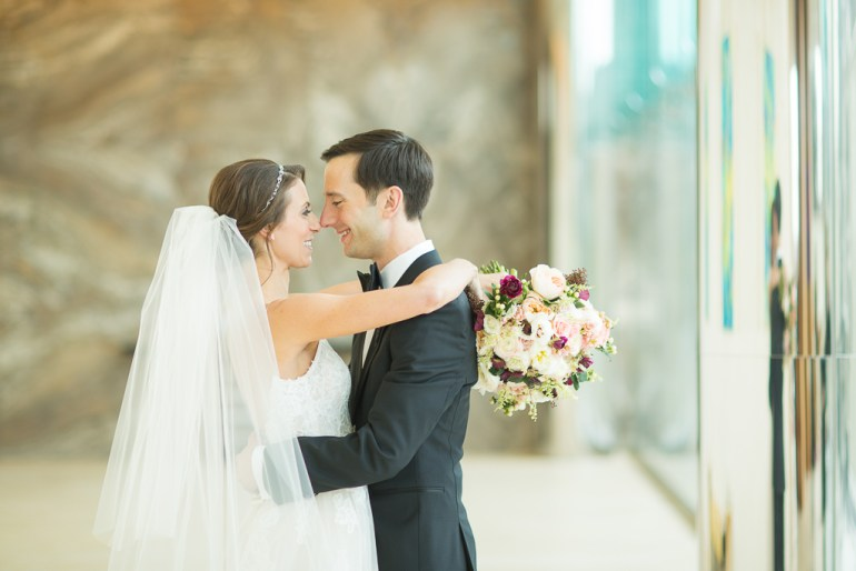 -Saint-Louis-Wedding-Photographer-Four-Seasons-Hotel--09