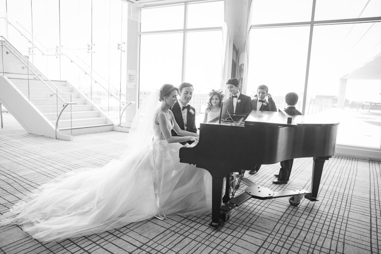 -Saint-Louis-Wedding-Photographer-Four-Seasons-Hotel--15