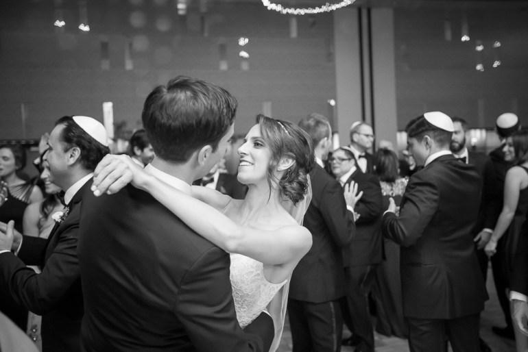 -Saint-Louis-Wedding-Photographer-Four-Seasons-Hotel--34