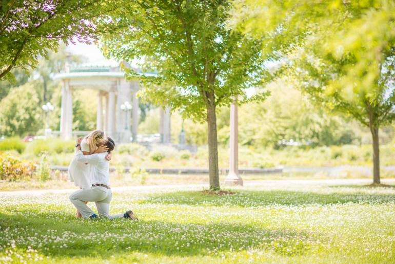 -Saint-Louis-Proposal-Engagement-Photographer-Forest-Park--02