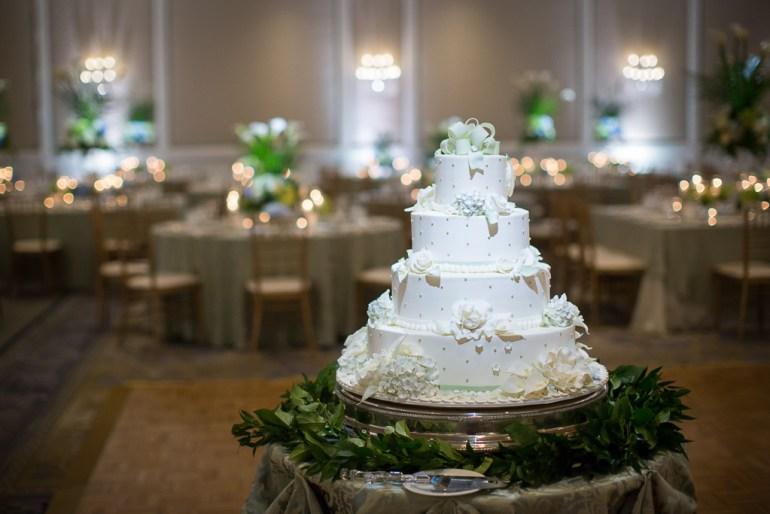 -Saint-Louis-Wedding-Photographer-Saint-Joseph's-Catholic-Church-Ritz-Carlton-Hotel-39