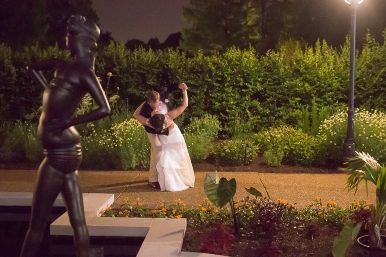-Saint-Louis-Wedding-Photographer-Missouri-Botanical-Garden--55