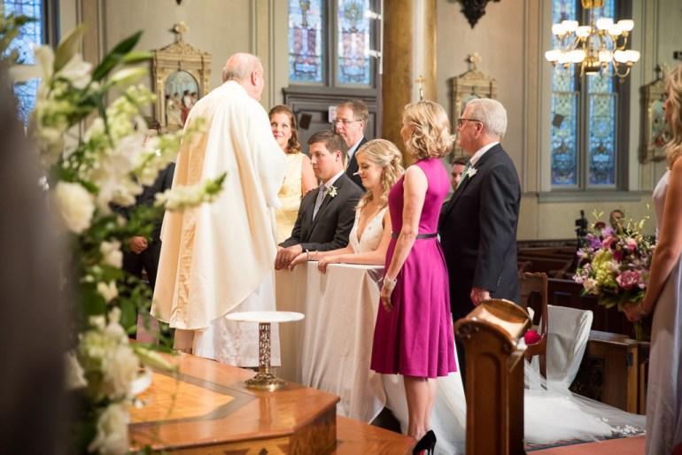 saint-louis-wedding-photographer-shrine-of-saint-joseph-saint-louis-country-club-20