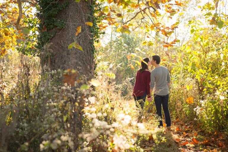 saint-louis-engagement-wedding-photographer-forest-park-09