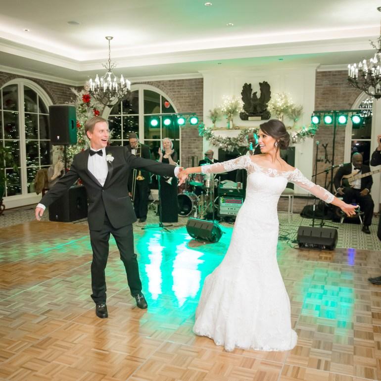 41-Saint-Louis-Wedding-Photographer-All-Saints-Catholic-Church-Old-Warson-Country-Club
