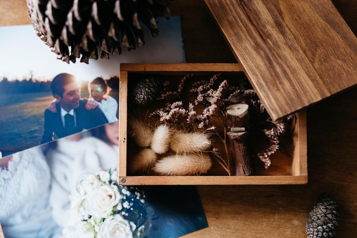 結婚式の写真をセレクト