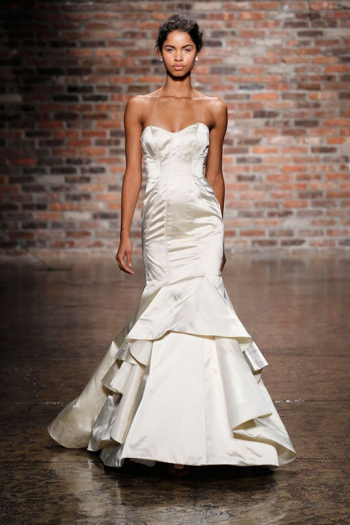 13 Spectacular New Hayley Paige Wedding Dresses