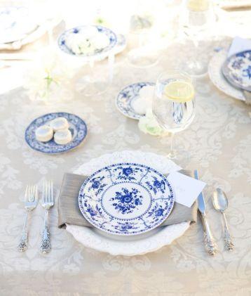 blue white vintage wedding ideas reception tables china
