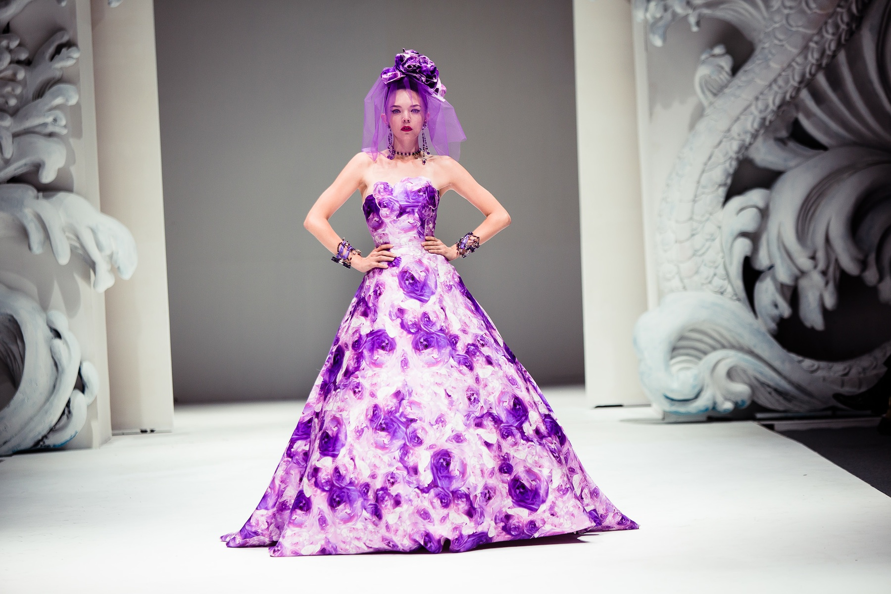 Bold Wedding Inspiration From Yumi Katsura Purple Floral
