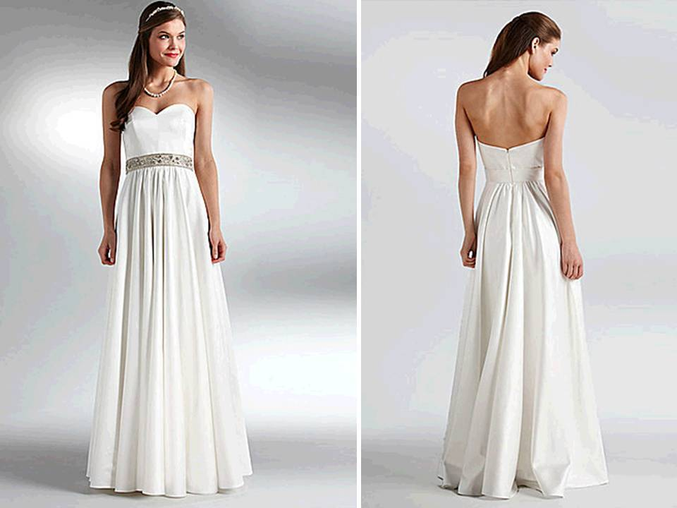 Classic Ivory Sweetheart Neckline Modified A-line Wedding