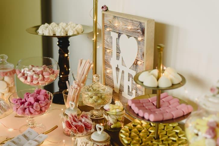 słodki stół wesele rustykalne