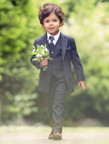 fryzury na wesele dla dzieci chłopiec garnitur
