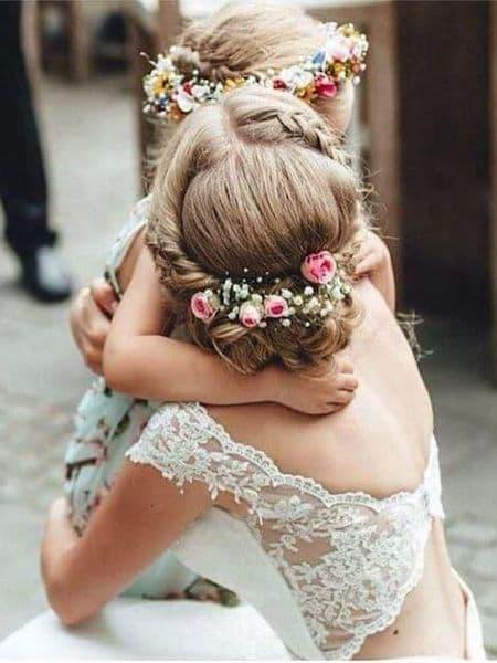 fryzura dla dziewczynki kwiaty