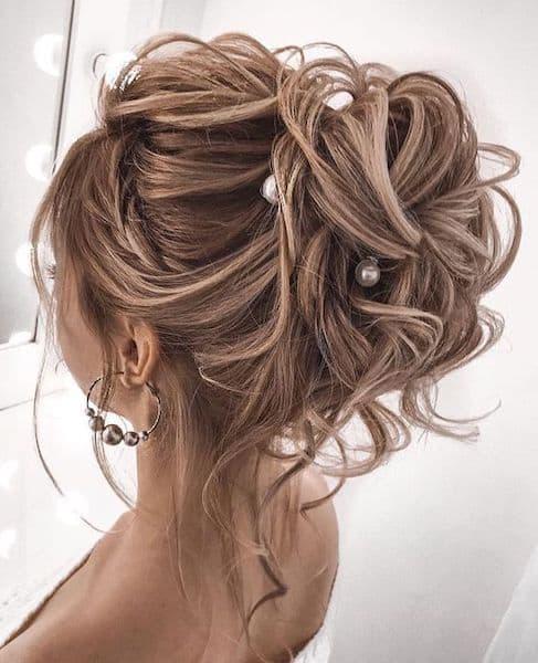 fryzura wesele trendy upięcie