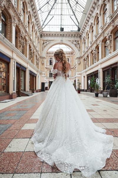 panna młoda warkocz suknia ślubna