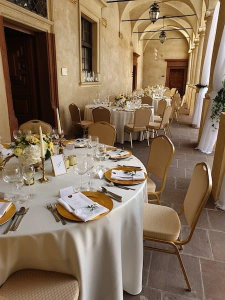dekoracje sali weselnej złoto