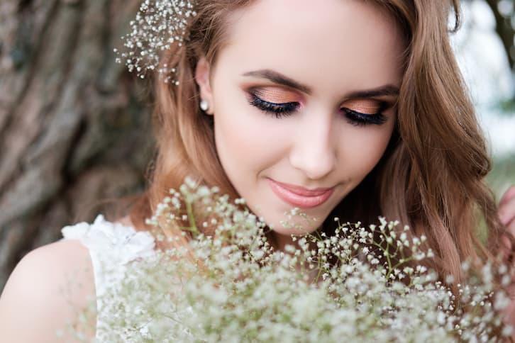 makijaż panna młoda oczy metaliczne złote