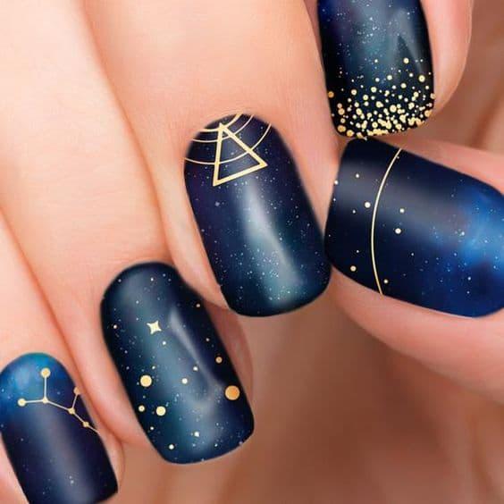 paznokcie księżycowe gwiazdy wesele