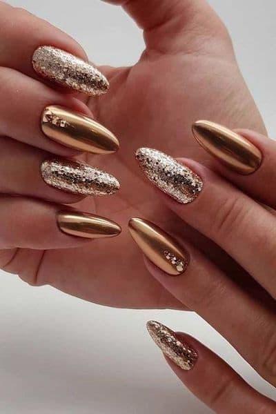 paznokcie złoto brokat lustrzane