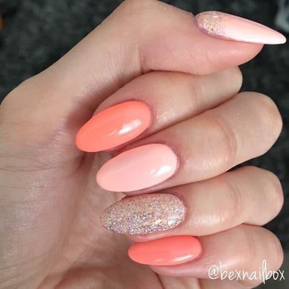 manicure ślubny koralowe różowe